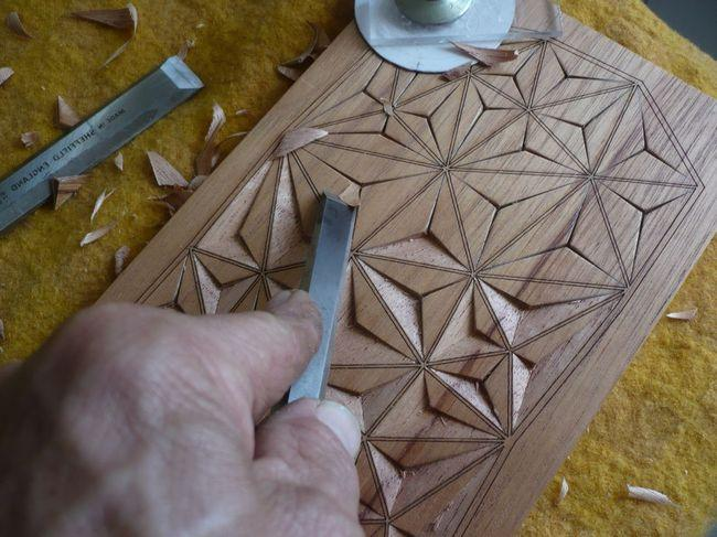 geometricheskaya-rezba-po-derevu